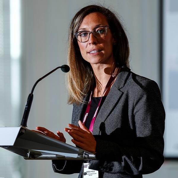 Teresa Holzl